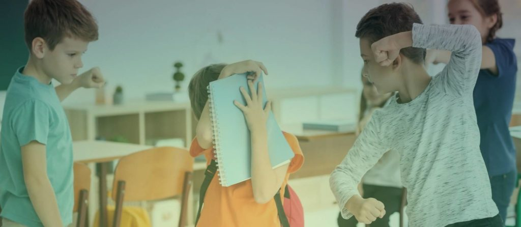 Признаки того, что вашего ребенка обижают в школе